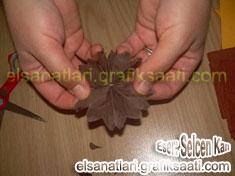 Ayşe Selcen Atılgan Kan el sanatları krepondan çiçek yapımı