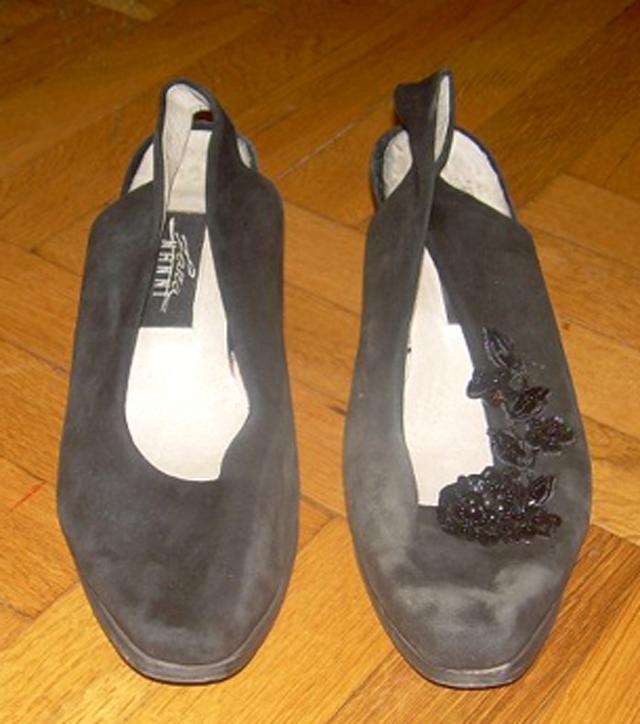 Ayşe Selcen Atılgan Kan el sanatları eski ayakkabıların yenilenmesi