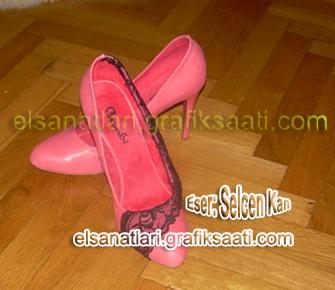 Ayşe Selcen Atılgan Kan elsanatları kadın ayakkabısı süsleme